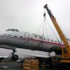 Самолёт Як-40 готовится к транспортировке в Академический