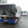 На остановке Краснолесья — Вильгельма де Геннина загорелся автобус