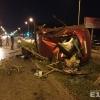 Пьяный водитель автомобиля Ford протаранил ограждение, уходя от погони