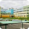 Школа с бассейном и лифтом