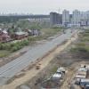 На строящейся дороге между Академическим и Широкой Речкой готовятся к укладке асфальта