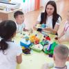 В Академическом районе поздравляют воспитателей детских садов