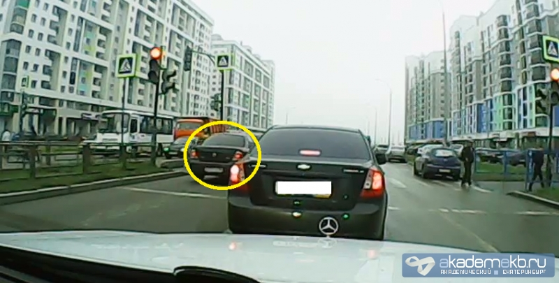 есть ли камеры которые фиксируют проезд на красный свет очень надеялся