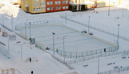 Хоккейный корт между школами № 16 и 19 торжественно откроется 21 января