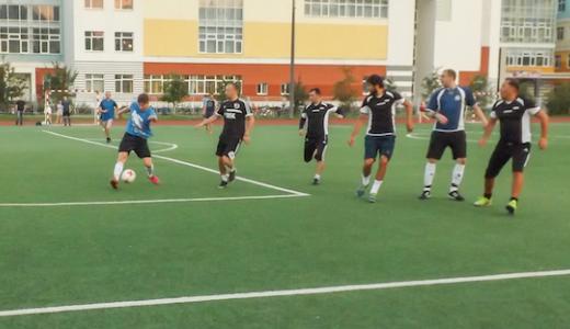 В финале летней спартакиады по футболу сыграют «Ростехком» и «Максимум»