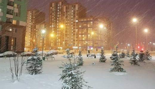 «А апрелю кто-нибудь сказал, что он — весна?»: академчане делятся впечатлениями от погоды