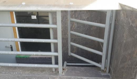 В доме второго квартала жители обнаружили затопленный вход в подвал