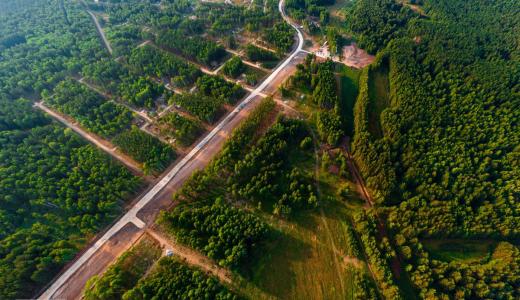 «Новый уровень загородной жизни»: под Екатеринбургом открылся новый посёлок «Снегири»