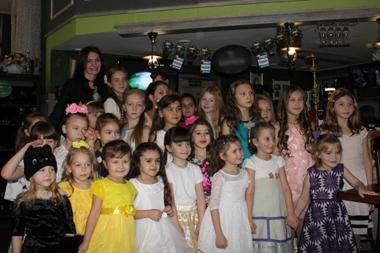 «Маленькие мисс» приняли участие в «Минуте славы»