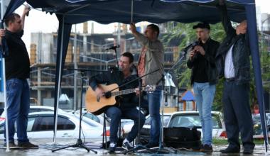 В районе стартовал набор участников на II Ежегодный Вечер песни под гитару