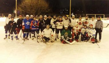 Жители Академического устроят турнир по дворовому хоккею с шайбой на льду