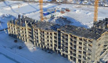 Уже семь этажей: строительство первого дома в 29 квартале района продолжается