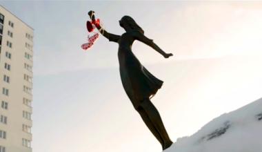В Екатеринбурге сняли ролик про городские памятники, в котором показали Академический
