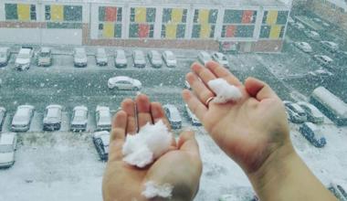 Зима близко: академчане делятся снежными фото в соцсетях