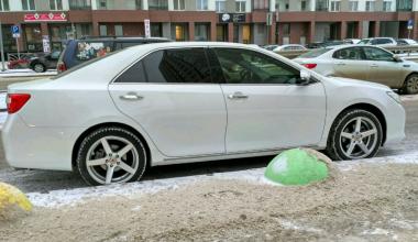 Из паркинга дома на Вильгельма де Геннина угнали автомобиль