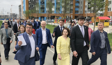Депутаты на заседании в Академическом поддержали ледовую арену и училище Олимпийского резерва