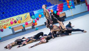 Школа эстетической гимнастики Анастасии Карнаух объявляет набор девочек от 3 до 7 лет