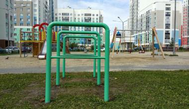 Во дворах пятого квартала установили новые велопарковки