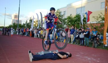 Вечер экстрима: спортивный праздник превратился в шоу эффектных трюков