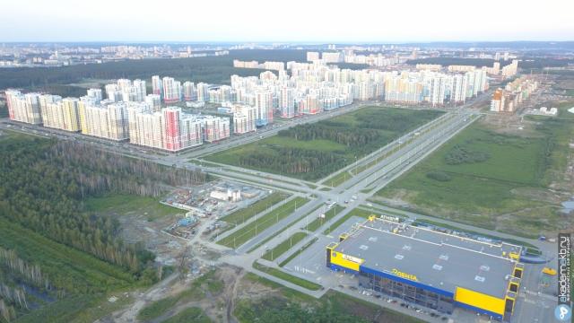 Панорама на район и проспект Академика Сахарова, на который за три года потратят 1 млрд рублей