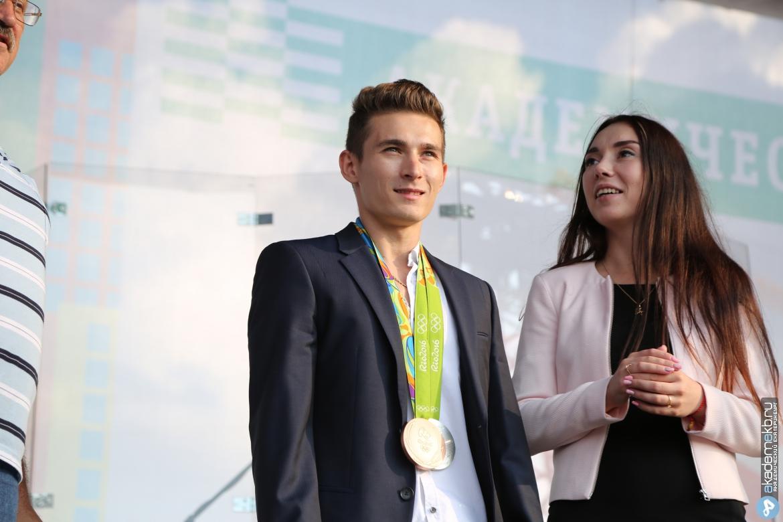 Житель Академического взял серебро на чемпионате мира