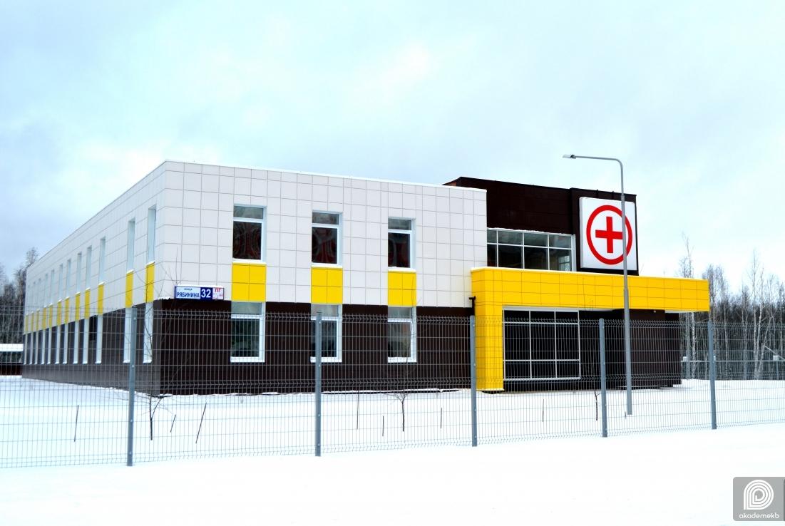 Подстанция скорой помощи на Рябинина единственная выезжает на вызовы по COVID-19