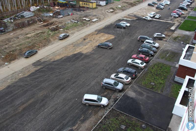 Из-за строительства улицы Мехренцева в 7 квартале ликвидируют стоянку, построенную жителями
