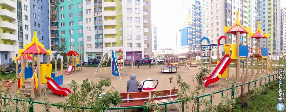 Новые игровые комплексы во дворах