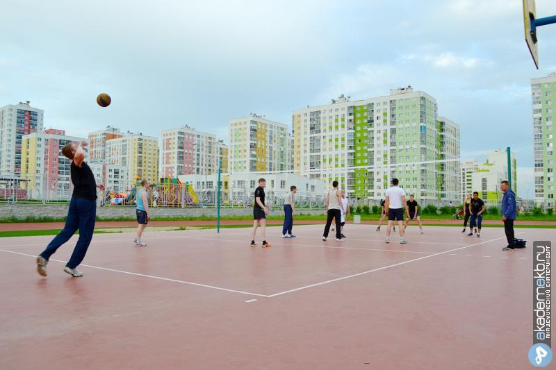 Расписание летних игр по футболу и волейболу