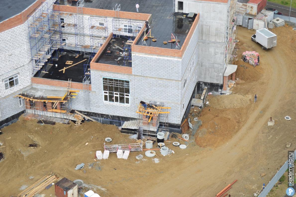 Ход строительства второй очереди школы 23
